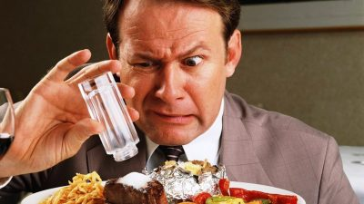 El exceso de sal perjudica gravemente tu cerebro