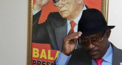 Hallan muerto en su vivienda al coleccionista de los sombreros de Joaquín Balaguer