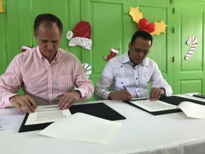 MINERD firma convenio con Fundación Acción Callejera para garantizar educación y derechos de los infantes en situación de riesgo social