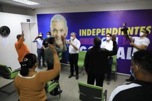 Gonzalo Castillo juramenta a 16 excandidatos a alcaldes y regidores del PRSC y la Fuerza del Pueblo que pasan a apoyar su candidatura