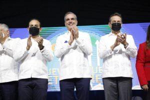 Presidente Abinader lanza proyecto Santiago 2025 con una inversión de 42 mil millones de pesos en 4 años